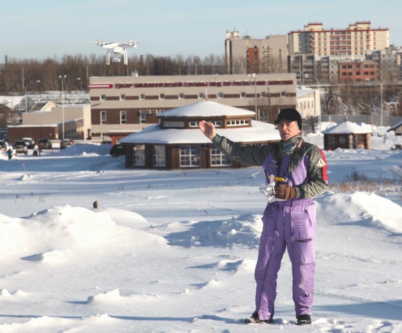 Первые полеты квадпркоптера в Петрозаводске.  Февраль 2015