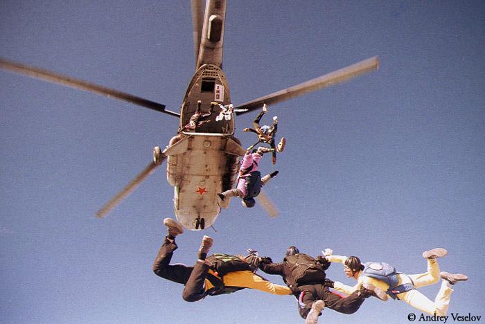 Отделение от вертолета МИ-8.